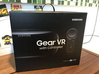 Samsung Gear VR with controller R325