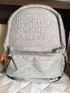 Superdry 聯名 outdoor 後背包