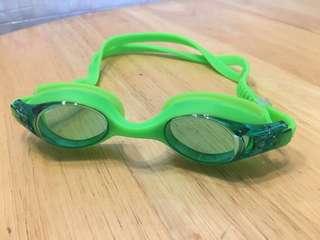Children's swimming goggles 兒童泳鏡