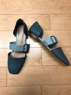 Charles & Keith blue flats US6/EUR36