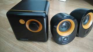 SonicGear Tattoo 303XB 2.1 stereo speakers system