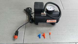 Mini air compressor-tyre