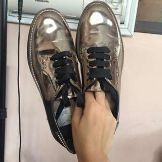 Stradivarius Gold Shoes