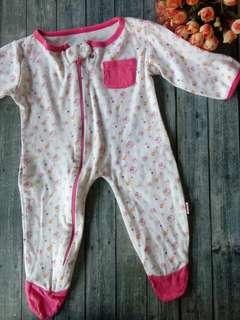 Jumper for newborn