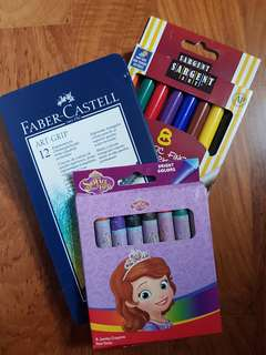 3 brand new colouring sets