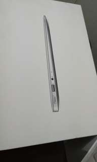 Apple Macbook Air Mid 2012