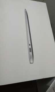 Apple Macbook Air Mid 2012