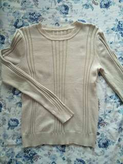 Knit-Wear Long Sleeves