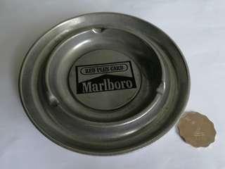[萬寶路]煙灰缸