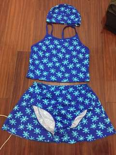 🚚 小孩 寶藍色花花泳衣
