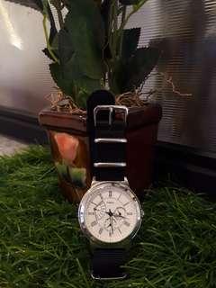 Timex koleksi pribadi mulus 100% jual santai BU