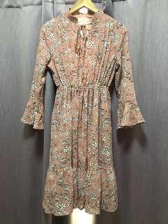 Vintage Floral Print Dusty Pink Dress (size S - M)