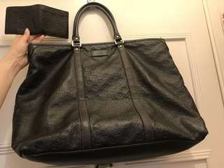 Gucci leather bag + Gucci leather wallet =  (Special offer set )total HK$4800