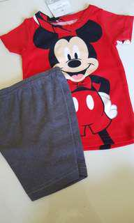 Mickey mouse t shirt + shorts