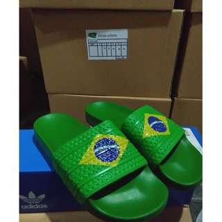 Sendal adidas adilette samba