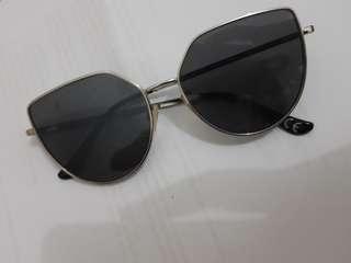 Kacamata H&M SunGlasses