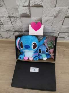 Baby breath with Big and Small Stitch gift box set