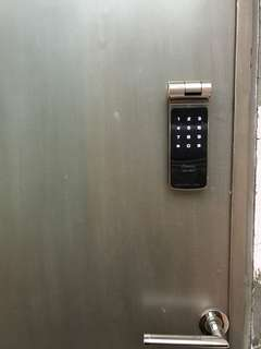 Gateman z10 digital lock door