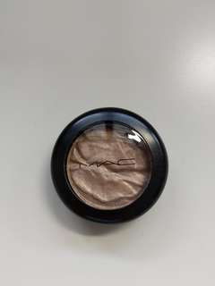 MAC Foiled Shadow