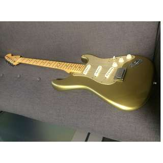 Fender FSR American Deluxe Stratocaster, Limited, Gold Top, Very Rare