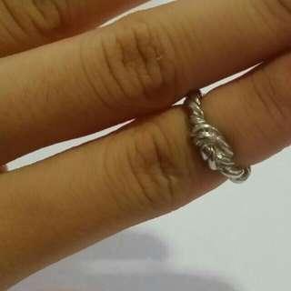 Lovisa Silver Knot Midi Ring