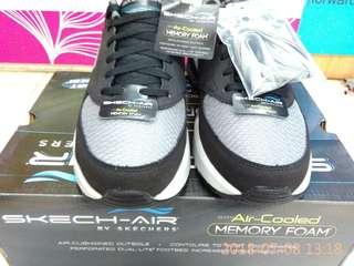 Sepatu Skechers untuk Pria type Skec-Air Original Black