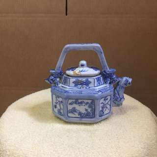 Chinese teapots decor