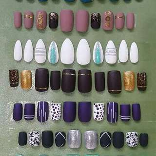 FAUX NAILS/FALSE NAILS/ACRYLIC NAILS/ARTIFICIAL NAILS
