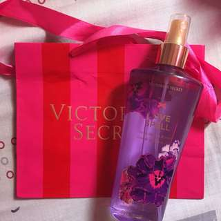 Victoria Secret Fragrance Mist - Loce Spell