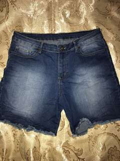 Bench Shorts Size 33