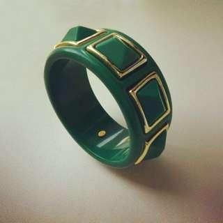 🚚 KENNETH JAY LANE Green Resin Studded Bangle