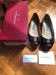 Ferragamo Shoes size 7