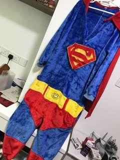 🚚 Superman Costume - Size M