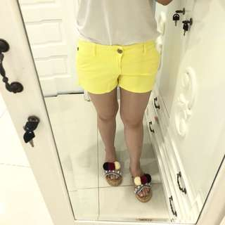 Yellow short