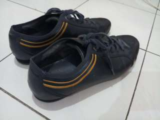 Sepatu merk pedro asli