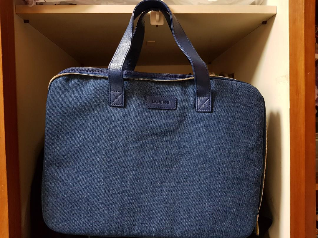 "(BN) 15"" Laptop bag"