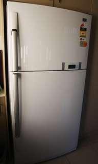 LG 586 Litre Refrigerator/Freezer GR-S702AQ