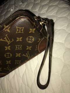 LOUIS VUITTON POUCH ORIGINAL
