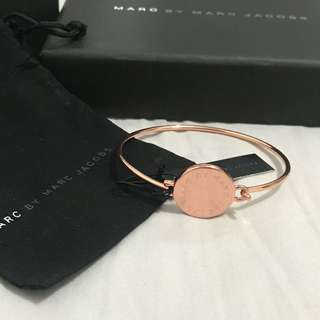 Marc by Marc Jacobs Rose gold disc bangle with box set