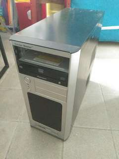 Desktop 機箱連底板一塊,DVD Rom一個