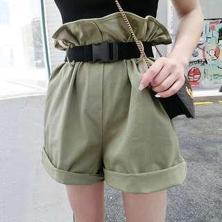 。花苞短褲(附腰帶)。三色