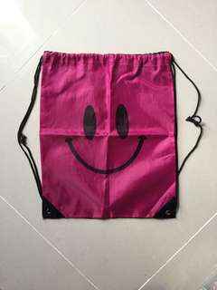 A4-sized Smiley drawstring bag