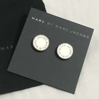 Marc By Marc Jacobs enamel disc white stud earrings 白配銀耳環