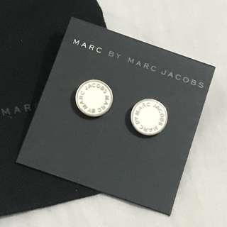 Marc By Marc Jacobs enamel disc white stud earrings 白配銀耳環