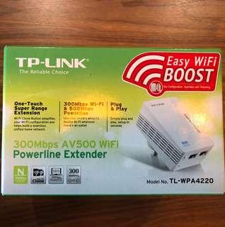 🚚 TP-Link 300 Mbps AV500 WiFi Powerline Extender