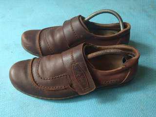"""Sepatu kulit kerja """"Jim Joker"""""""