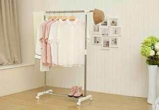 Stand hanger white