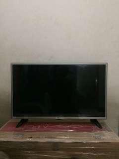 "LG LED TV 23"" 23LH51"