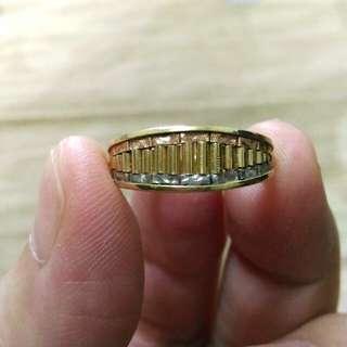 🚚 回饋價,義大利有品牌585三色K金戒指,戒面非常漂亮,由三色K金做成,類勞力士錶帶型式,真的很好看喔!重約一錢,內徑1.6公分。再降3000元就好了,機會不是常有的。溶掉可惜。