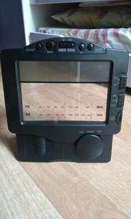 FM / AM clock radio